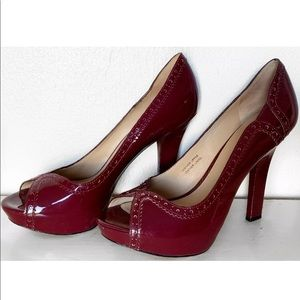 VIA SPIGA RED PEEP TOE PATENT LEATHER SHOES 7.5
